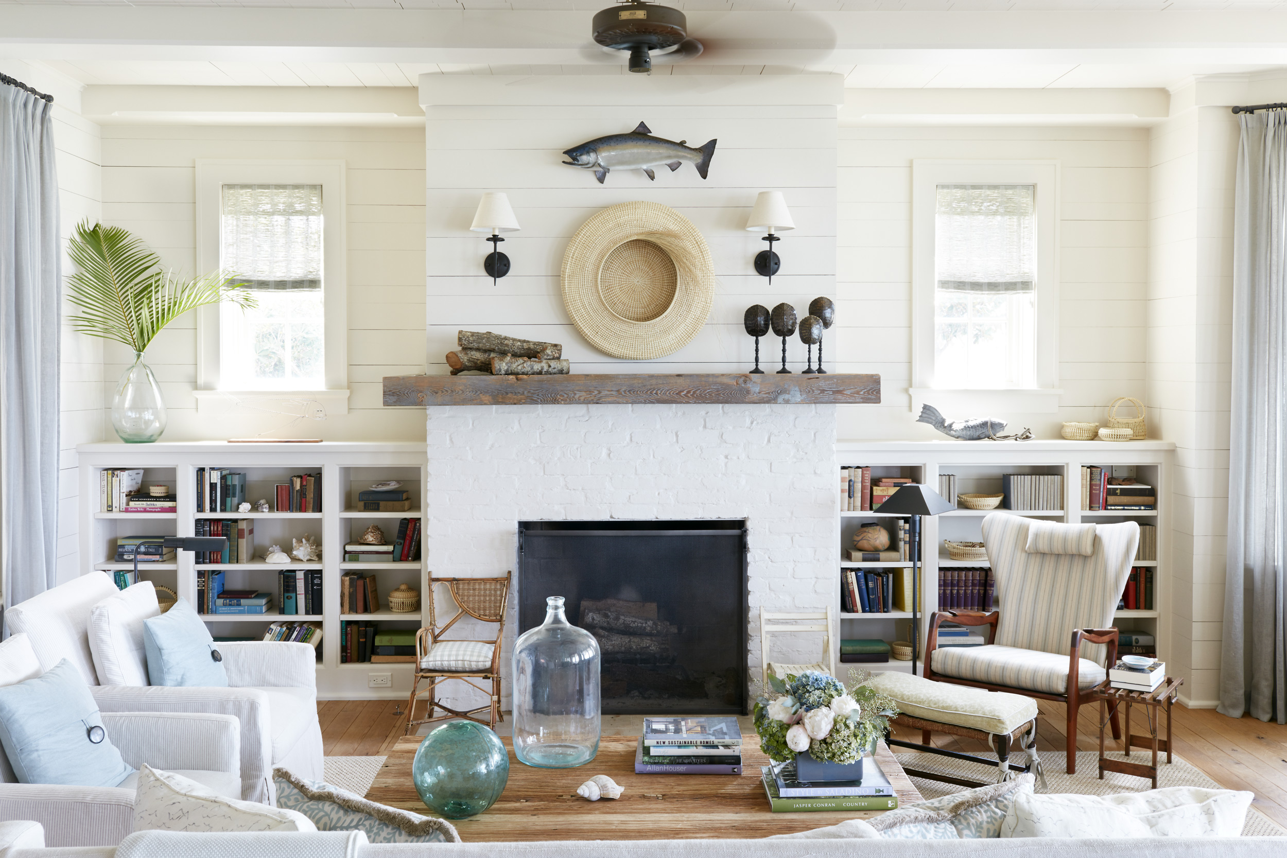 Tammy Connor living room shot for House Beautiful, Mali Azima photography